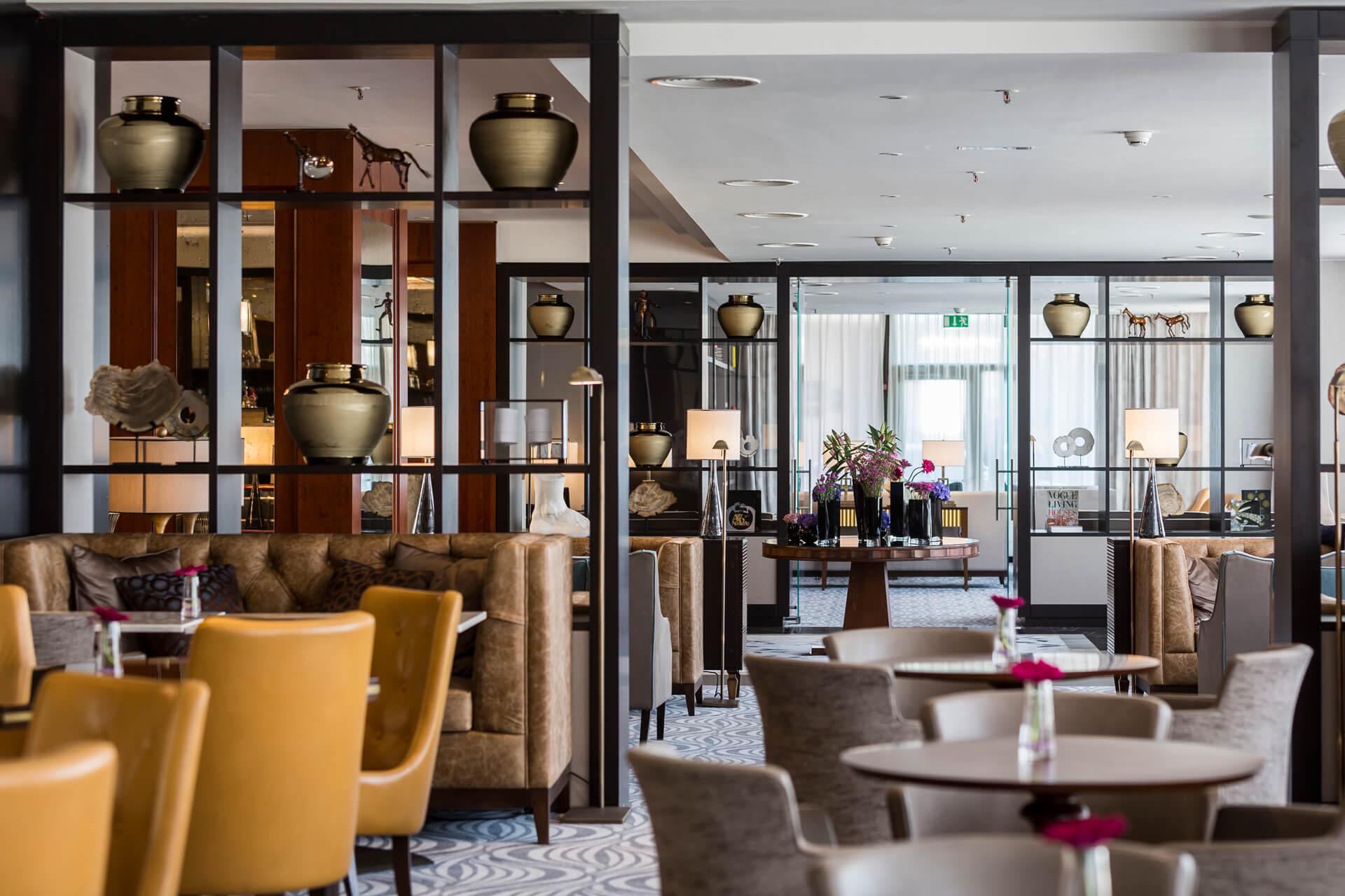 Corinthia Hotel Prague - Lounge 62 (1)